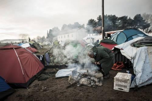 """Migranti, Roma e Berlino all'Ue: """"Unificare il sistema di registrazione"""""""