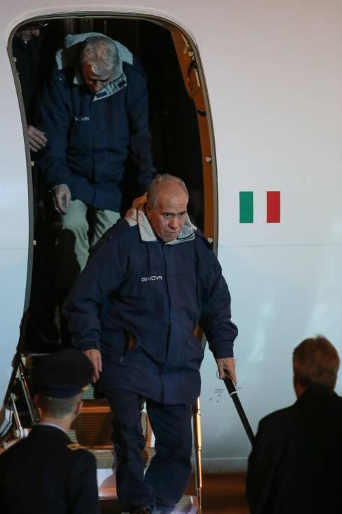 Gli ex ostaggi sono arrivati a Ciampino 9