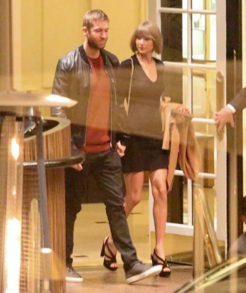 Taylor Swift e Calvin Harris festeggiano il primo anniversario: foto 8