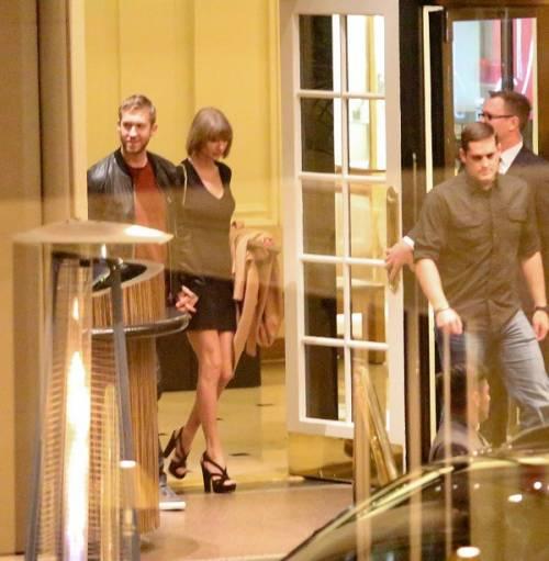 Taylor Swift e Calvin Harris festeggiano il primo anniversario: foto 11