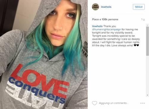 Kesha premiata dalla Human Rights Campaign: foto 11