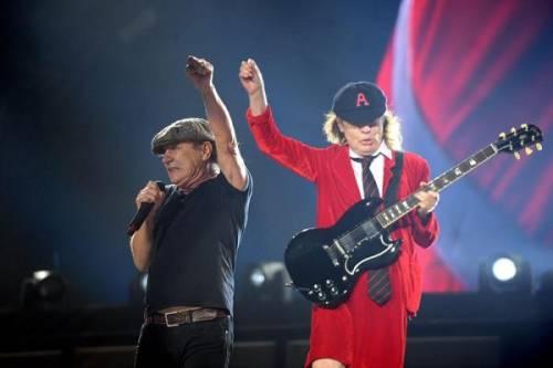 AC/DC, seriamente a rischio l'udito di Brian Johnson: foto 6