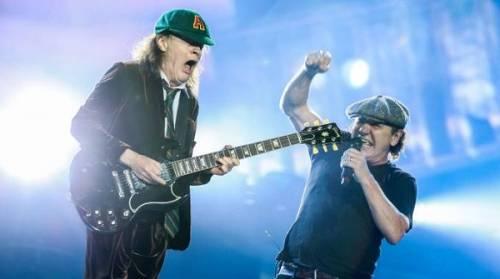 AC/DC, seriamente a rischio l'udito di Brian Johnson: foto 13