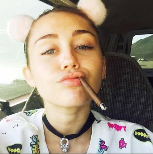 Miley Cyrus, basta con le provocazioni: foto 3