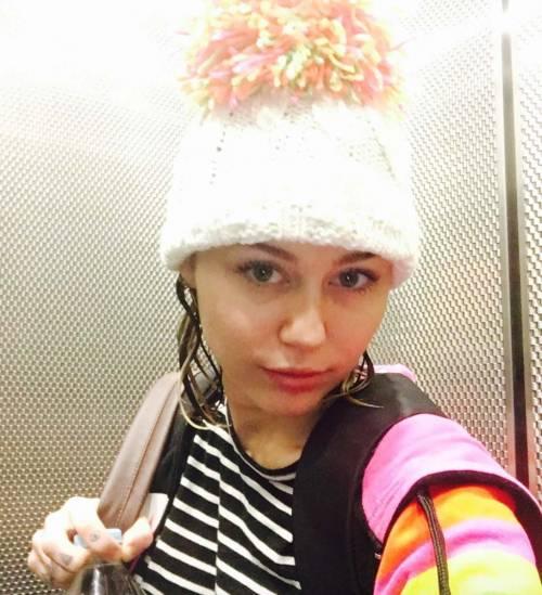 Miley Cyrus, basta con le provocazioni: foto 9