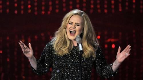 Adele, tributo canoro per Bruxelles