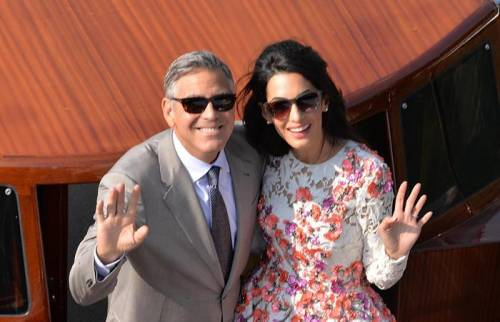 Amal Alamuddin: icona di stile al fianco di George Clooney 11