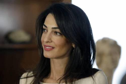 Amal Alamuddin: icona di stile al fianco di George Clooney 12