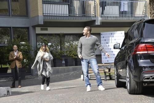 Francesco Totti e Ilary Blasi, primi scatti con la piccola Isabel: foto 4