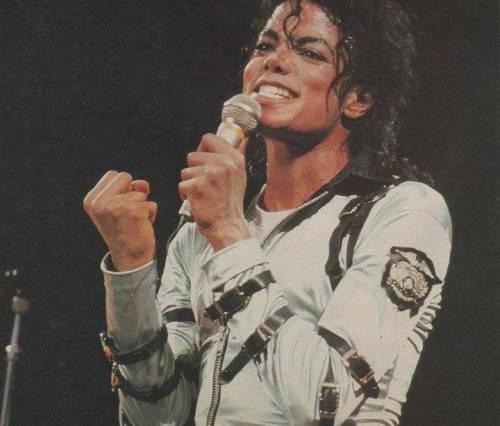 La sony compra il catalogo di Micheal Jackson per 750 milioni di dollari 2