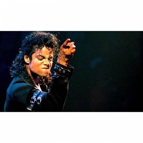 La sony compra il catalogo di Micheal Jackson per 750 milioni di dollari 8