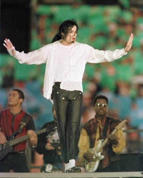 La sony compra il catalogo di Micheal Jackson per 750 milioni di dollari 14