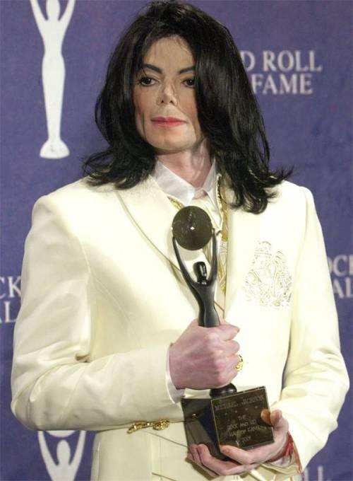 La sony compra il catalogo di Micheal Jackson per 750 milioni di dollari 17