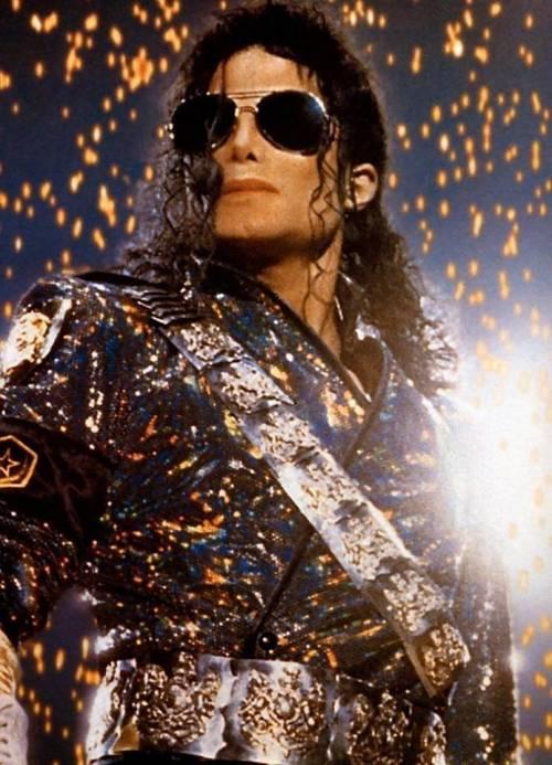 La sony compra il catalogo di Micheal Jackson per 750 milioni di dollari 18
