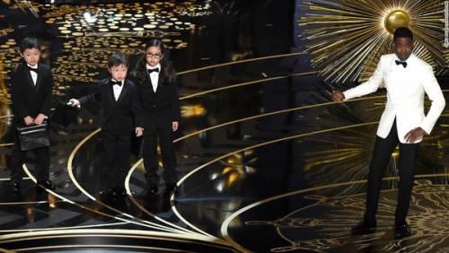 Cerimonia degli Oscar: battute offensive sugli asiatici 2