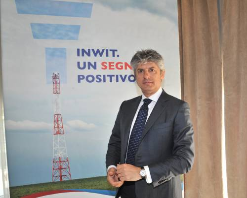 Telecom, l'ad Patuano verso le dimissioni