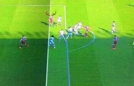 L'ironia del web sul gol annullato al Toro 4