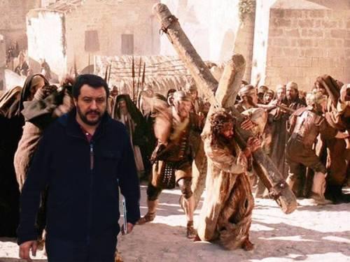 """Il """"meme"""" con Salvini 18"""