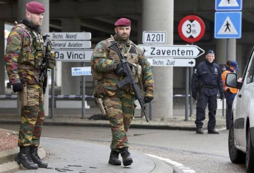 Bruxelles, allerta alla stazione 3