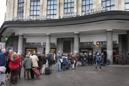Bruxelles, allerta alla stazione 5