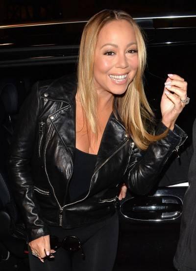 Mariah Carey nella tappa londinese del suo tour 2