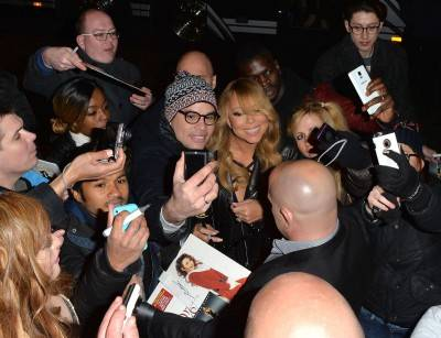 Mariah Carey nella tappa londinese del suo tour 8