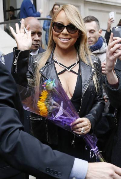 Mariah Carey nella tappa londinese del suo tour 7