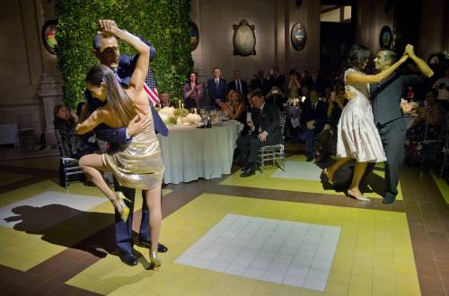Obama balla il tango in Argentina 1