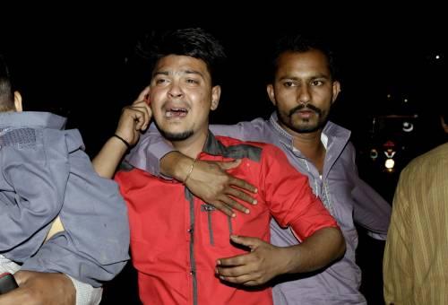 Pakistan, kamikaze si fa esplodere nel parco dei bimbi: strage di cristiani 4