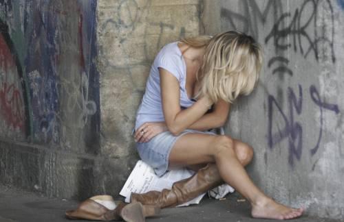 Milano, detenuto in permesso violenta una sedicenne
