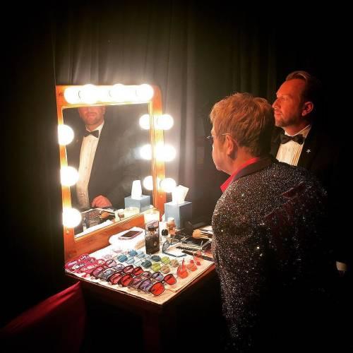 Elton John si difende dalle accuse di molestia 4