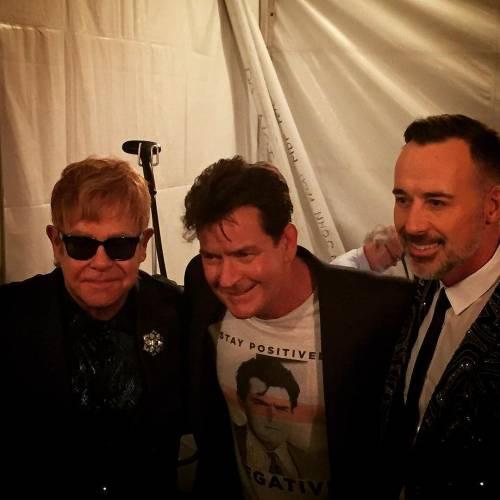 Elton John si difende dalle accuse di molestia 7