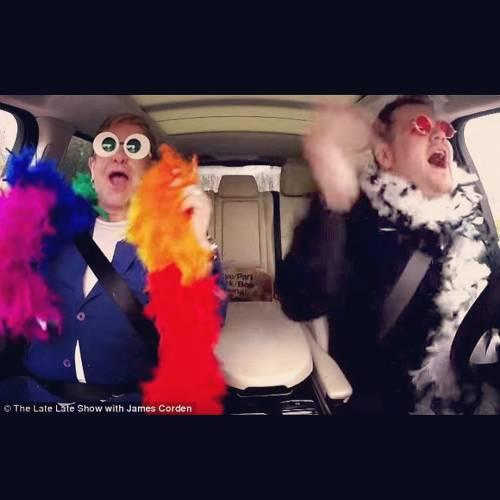 Elton John si difende dalle accuse di molestia 8