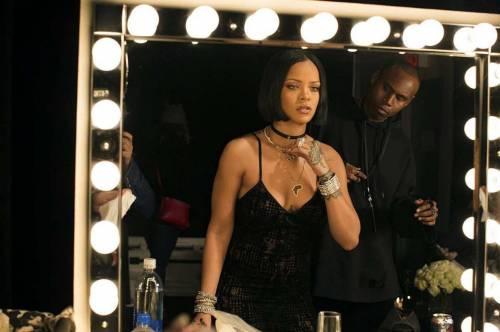 Rihanna nuda per un video, foto 8