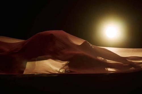 Rihanna nuda per un video, foto 2