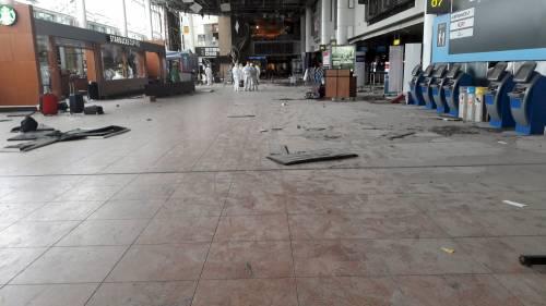 La devastazione a Zaventem dopo l'attentato jihadista 5