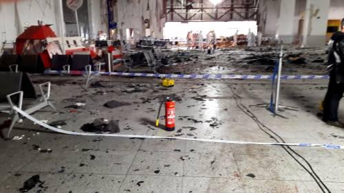 La devastazione a Zaventem dopo l'attentato jihadista 3