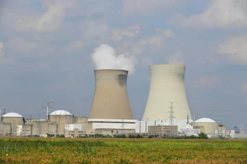 Iran: violato termine sul nucleare, prima frecciata a Trump