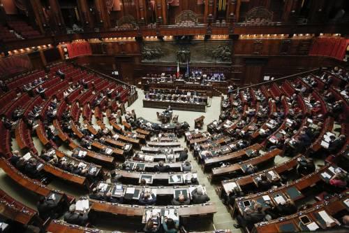 La Corte Costituzionale salva i dipendenti della Camera: taglio stipendi a rischio