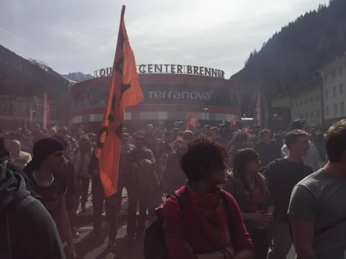 Brennero, manifestazione pro migranti 2