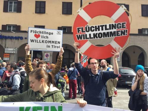 Brennero, manifestazione pro migranti 7