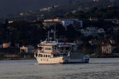 Grecia, le prime espulsioni di immigrati in Turchia 5