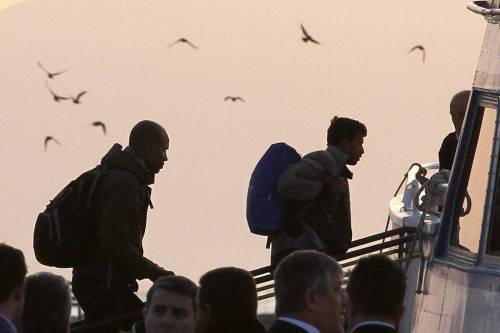 Grecia, le prime espulsioni di immigrati in Turchia 8