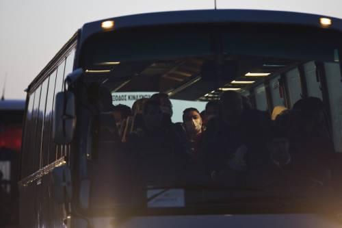 Grecia, le prime espulsioni di immigrati in Turchia 14