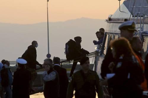 Grecia, le prime espulsioni di immigrati in Turchia 15