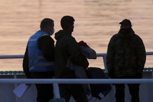 Grecia, le prime espulsioni di immigrati in Turchia 17