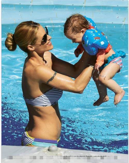 Michelle Hunziker, vacanza in famiglia 3