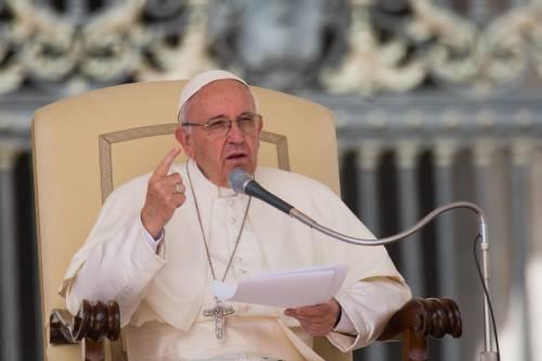 """Bergoglio ai leader del mondo: """"Amnistia e debito cancellato"""""""