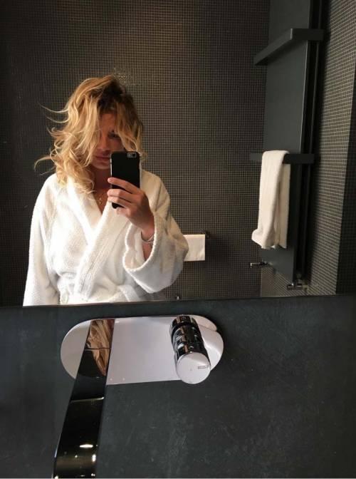 Emma Marrone appena sveglia su Instagram 17