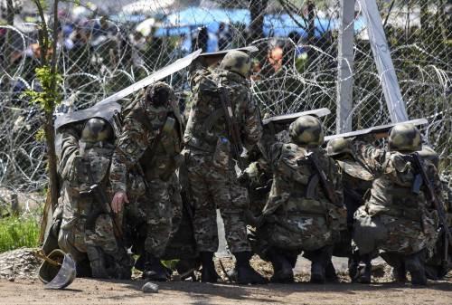 Migranti, scontri e feriti a Idomeni 5